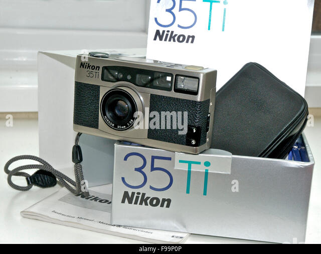 Nikon 35Ti Qualität kompakte 35mm Film-Kamera Stockbild