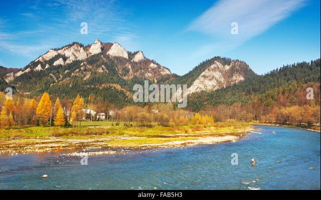 Pieniny-Gebirge - Dunajec-Fluss und Trzy Korony Peak, Polen Stockbild