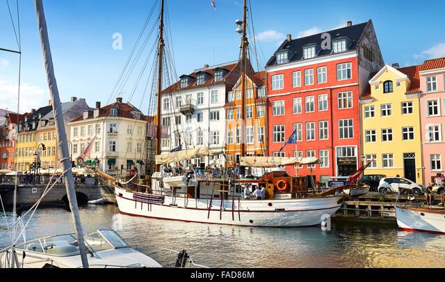 Copenhagen Altstadt, Dänemark - die Schiffe ankern in Nyhavn Kanal Stockbild