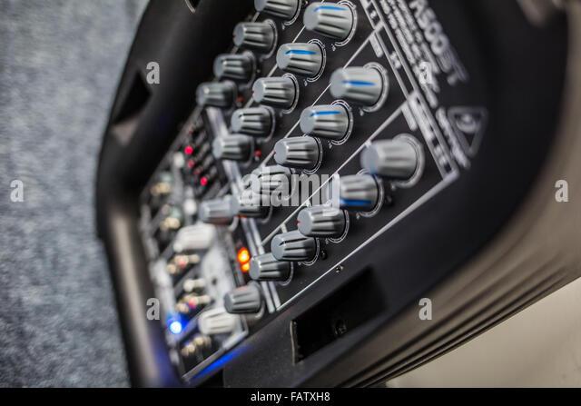 Audio-Verstärker mit Equalizer Stockbild