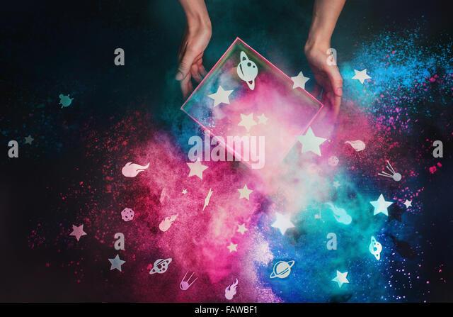 Eine Kiste voller Sterne Stockbild