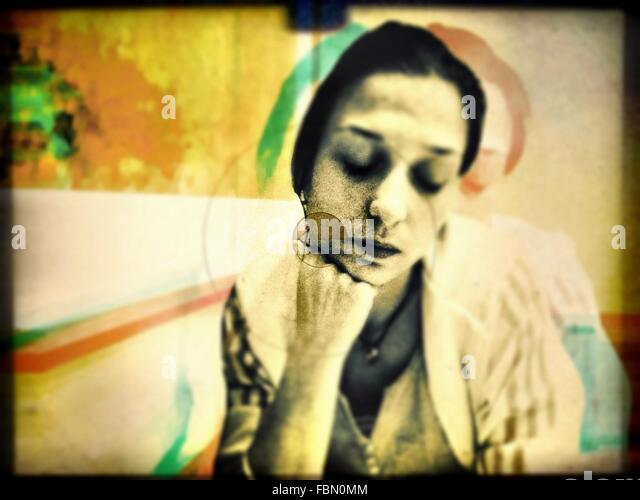 Porträt der nachdenkliche Frau Stockbild