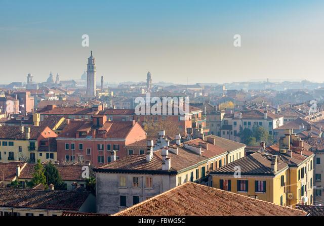 Venezianische Straße leben. Venedig, Italien Stockbild