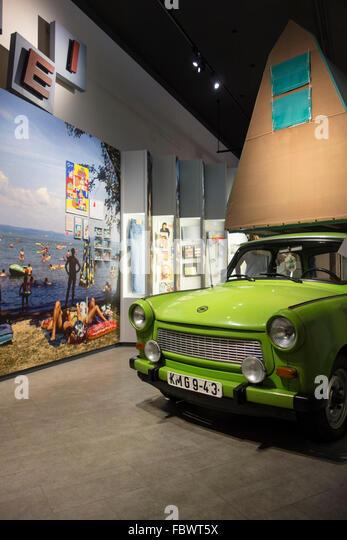 """Berlin. Deutschland. Dauerausstellung """"Alltag in der DDR"""" im Museum in der Kulturbrauerei, Prenzlauer Stockbild"""