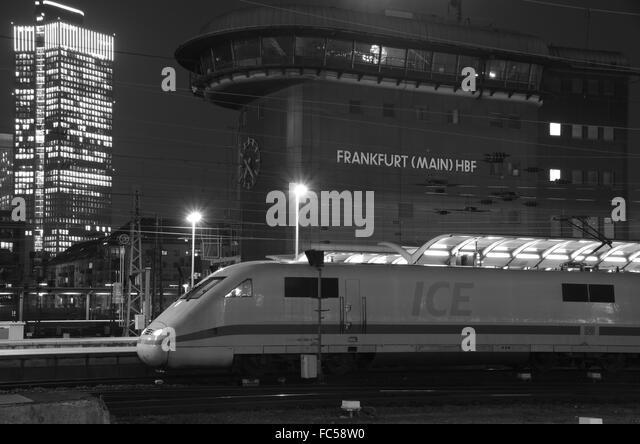 Deutsche Bahn ICE am Hauptbahnhof Frankfurt Am Main Stockbild