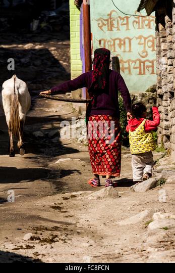 Straße in Chame, Nepal Stockbild