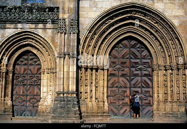 Portal der Kathedrale unserer lieben Frau von der Annahme, Lamego, Portugal, Südeuropa. Stockbild