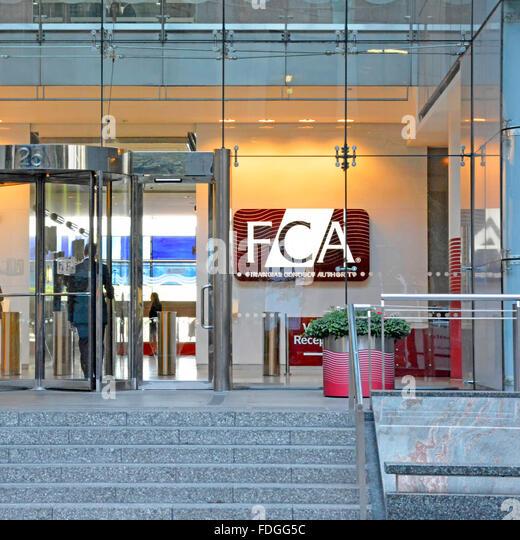 Finanzielle Durchführung Behörde FCA London Büros Eingang zum Canary Wharf London Hauptquartier zuvor Stockbild