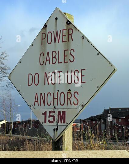 Power Kabel nicht verwenden Anker 15M Schild, Fluss Mersey, Warrington, Cheshire, England, UK Stockbild