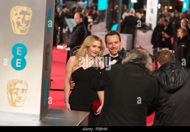 London, UK. 14. Februar 2016. Kate Winslet und Michael Fassbender. Roten Teppich Ankünfte für den 69. Stockbild