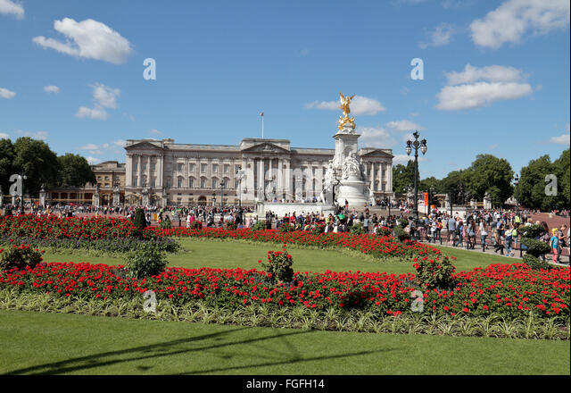 buckingham palace gardens stockfotos buckingham palace. Black Bedroom Furniture Sets. Home Design Ideas