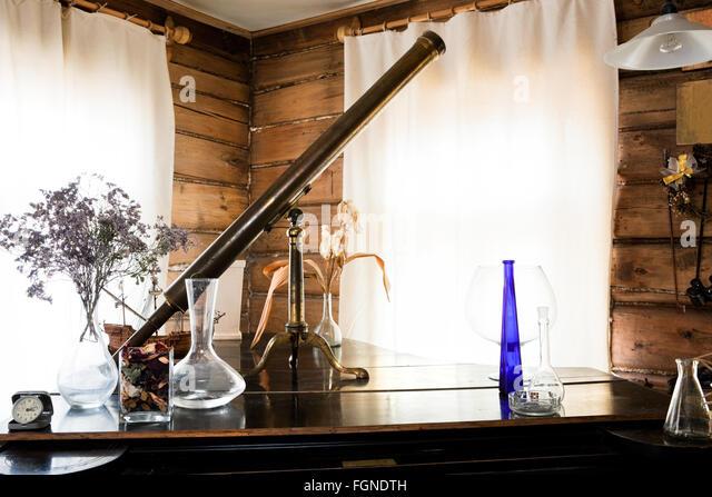 schöne alte Gegenstände in das Atelier des Künstlers Stockbild