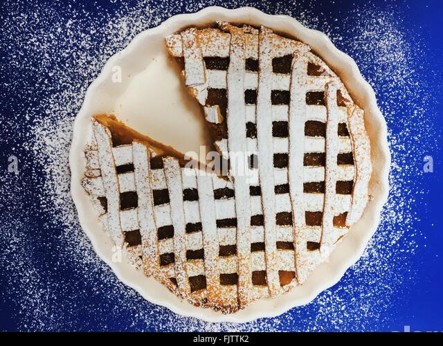 Nahaufnahme von Sweet Pie mit einer Scheibe entfernt Stockbild