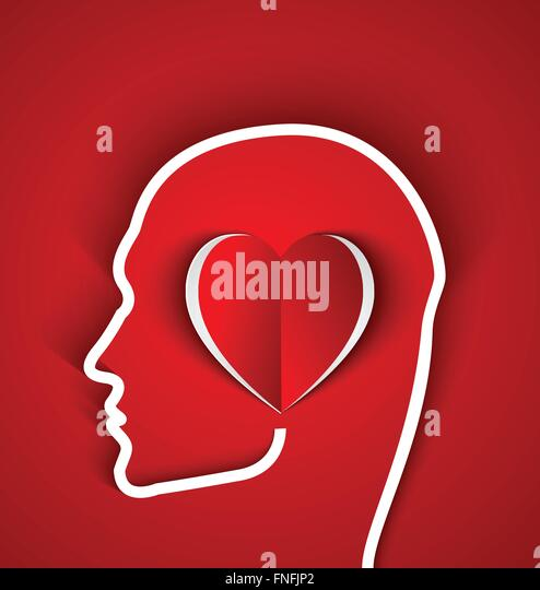 Menschliche Umrisse Kopf mit Papier rot Herz auf rotem Grund. Die Person in Liebe Konzept Stockbild