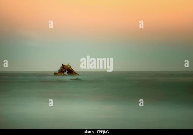 Arch Rock. Corona Del Mar, Kalifornien Stockbild