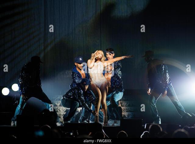 """Sänger, Mariah Carey, führt während ihrer Welttournee """"Sweet Sweet Fantasy"""" im SEE Hydro Stockbild"""
