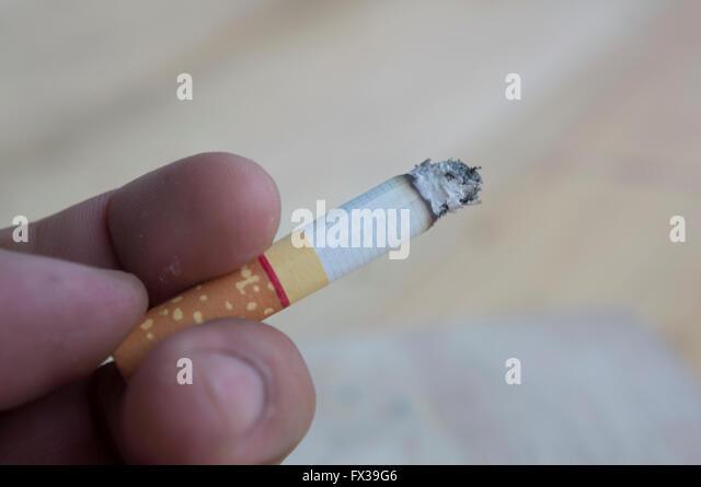 Zigarettenrauch ungesunde Gesundheit Stockbild