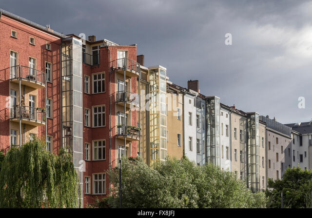 Stadthäuser, Wolken, Prenzlauer Berg, Berlin Stockbild