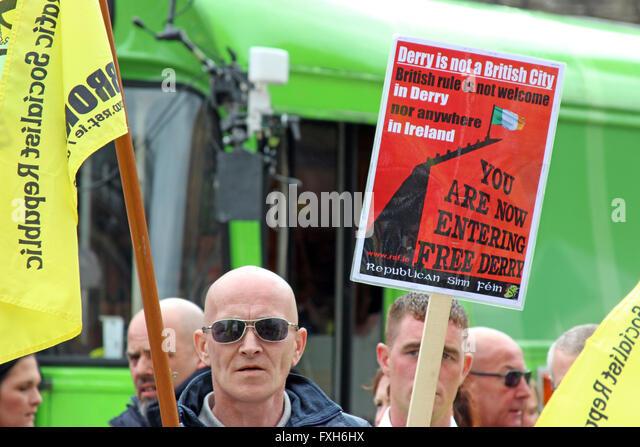 Republican Sinn Féin-Demonstration in Derry. Stockbild
