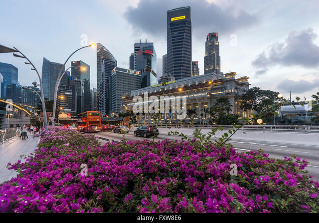 Financial District, Fullerton Hotel, Wolkenkratzer, Twilight, Singapur, Singapur, Southest Asien, travelstock44 Stockbild