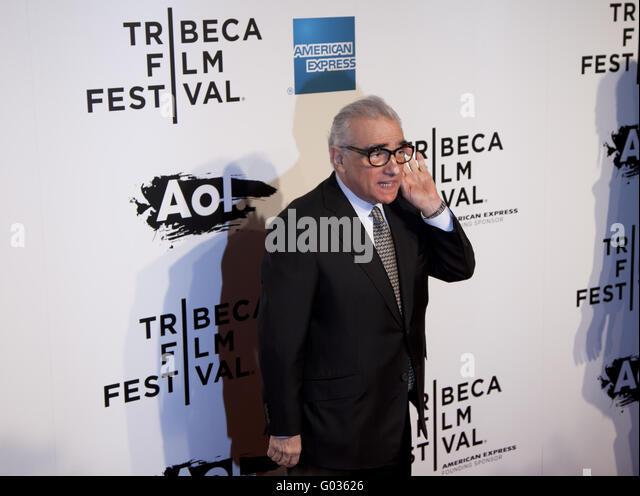 Regisseur Martin Scorsese hört auf Anfrage des Fotografen bei der Weltpremiere von The Union Stockbild
