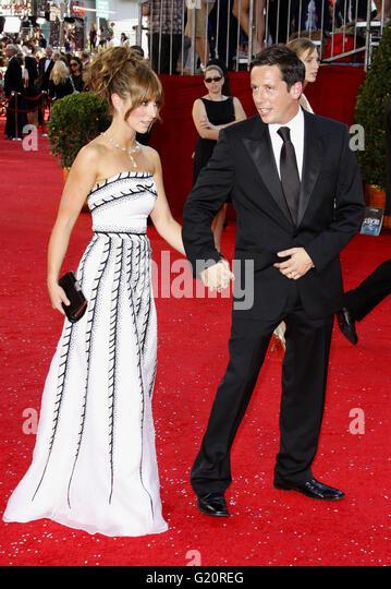 Jennifer Love Hewitt bei den 60. Primetime EMMY Awards im Nokia Theater in Los Angeles, Kalifornien, USA auf Se Stockbild
