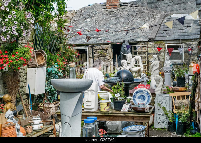 Ein Garten Trödelladen in St.Just Cornwall, Großbritannien Stockbild