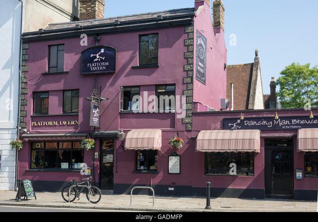 England, Hampshire, Southampton, Plattform-Taverne Stockbild