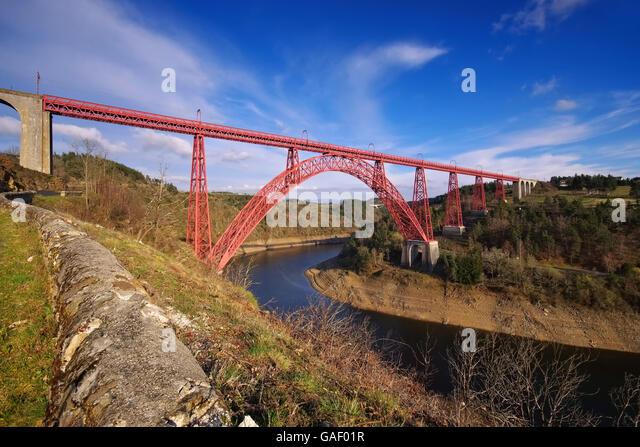 Garabit-Viadukt in Frankreich - Garabit-Viadukt in Frankreich, eine berühmte Brücke in Europa Stockbild