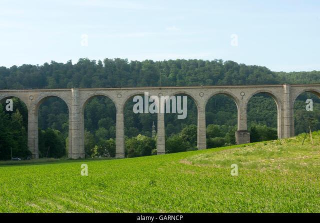 """Deutschland, Nordrhein-Westfalen, Paderborn-Neuenbeken, Dune-Viadukt Über Dem Dunetal, Allgemein """"Kleiner Stockbild"""