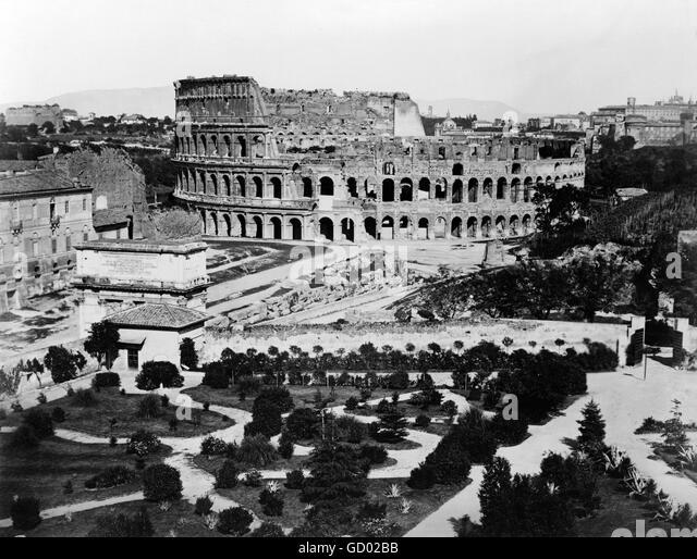 Kolosseum, Rom. 19. Jahrhundert-Blick auf das Kolosseum in Rom. Foto zwischen 1860 und 1890 Stockbild