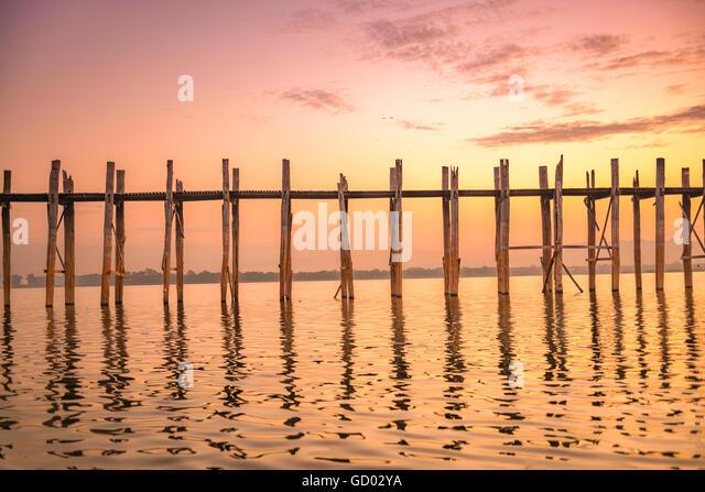 U-Bein Brücke in Mandalay, Myanmar. Stockbild