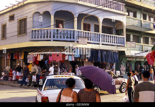 der Stadt Tela in der Nähe von San Pedro Sula am Meer sowie in Honduras in Mittelamerika, Stockbild