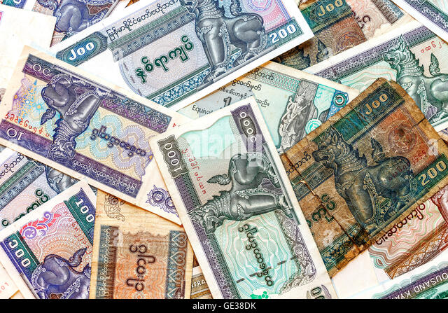Myanmar (Burma) Geld, alte und neue Kyat Banknoten. Stockbild