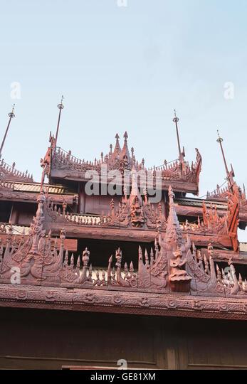 Shwe In Bin Kyaung Teakholz Tempel und Kloster, Mandalay, Myanmar Stockbild