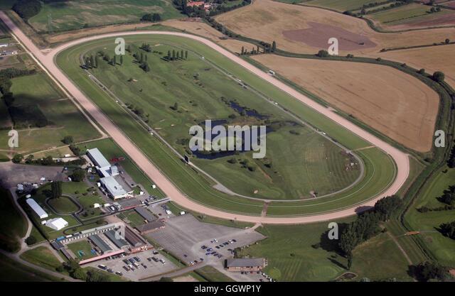 Luftaufnahme von Southwell Racecourse, ein reinrassiges Pferd Rennen Veranstaltungsort in der Nähe von Newark Stockbild