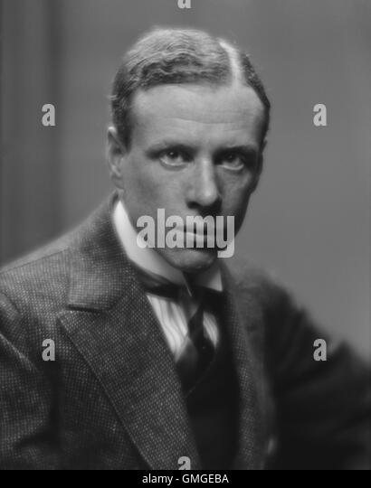 Lewis, Sinclair, dessen realistische Romane der 1920-30er Jahre des amerikanischen Kapitalismus kritisch waren. Stockbild
