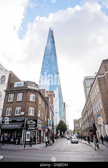 Der Shard - London Straßenbild Stockbild