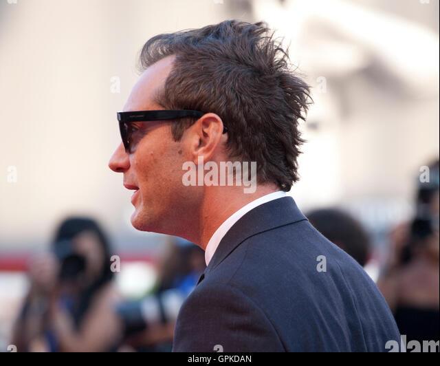Venedig, Italien. 03rd September 2016. Jude Law bei der Premiere des Films The Young Papst auf dem 73. Venedig Film Stockbild