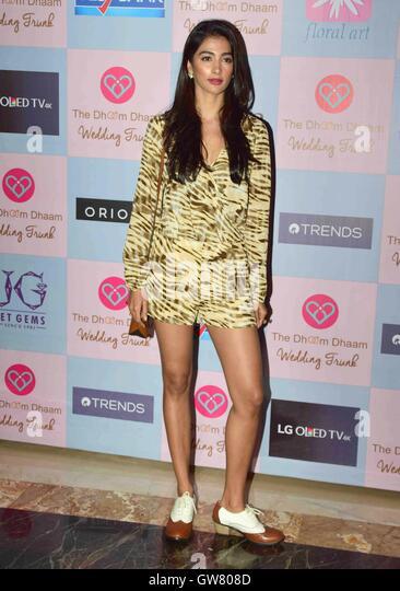 Bollywood Schauspieler Pooja Hegde während der Star-Stylist, Tanya Ghavri Dhoom Kondensation Hochzeit Trunk Stockbild