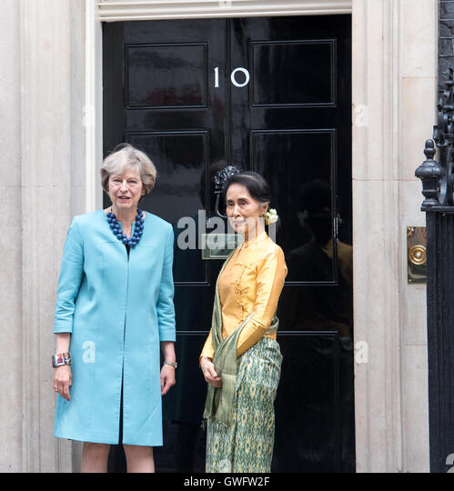 London, UK. 13. September 2016.State Berater Aung San Suu Kyi von Myanmar besucht Ministerpräsident Theresa Stockbild