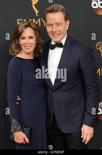 Los Angeles, CA, USA. 18. September 2016. Bryan Cranston im Ankunftsbereich für das 68. Annual Primetime Emmy Stockbild