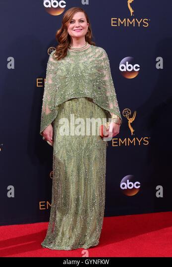 Los Angeles, CA, USA. 18. September 2016. Amy Poehler im Ankunftsbereich für das 68. Annual Primetime Emmy Stockbild