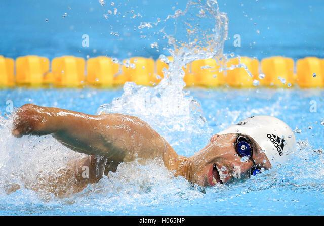 RIO DE JANEIRO, RJ - 17.09.2016: PARALIMPÍADA 2016 schwimmen - Daniel Dias (BRA) ist erste beim Schwimmen Paralimpíada Stockbild