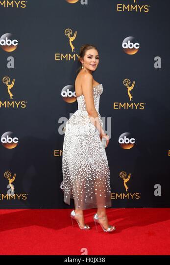 Los Angeles, CA, USA. 18. September 2016. Olivia Culpo bei der Ankunft für die 68. Annual Primetime Emmy Awards Stockbild