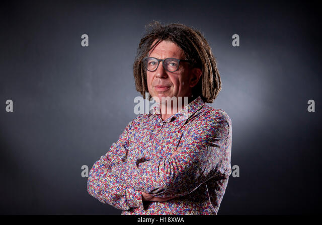 David Goldblatt, Sportjournalist, Journalist und Autor, auf dem Edinburgh International Book Festival. Edinburgh, Stockbild