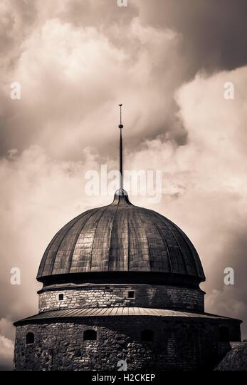 Turm und Kuppel von Vadstena Schloss eine historische Sehenswürdigkeit in Ostergotland, Schweden. Stockbild