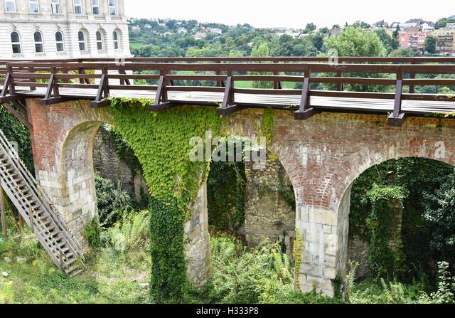 Viadukt der königliche Palast in Budapest, Ungarn Stockbild