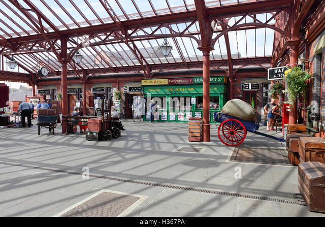 Kidderminster Town Station in Worcester, einem Ort des Museums, Einzelhandelsgeschäfte und britischen Eisenbahn Stockbild