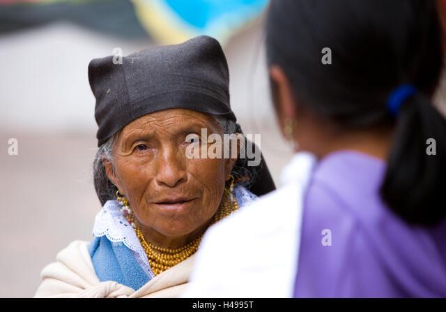 Ecuador, Provinz Cotopaxi, Pujilí, Markt, Frauen, Südamerika, Cotopaxi, einheimischen, Leute, Frau, alt, Stockbild